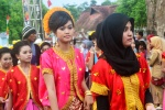 Kota Bima_Peserta Pawai Budaya APEKSI di Kota Bima