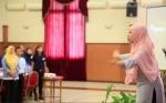 Ertika N : Dirigent terbaik
